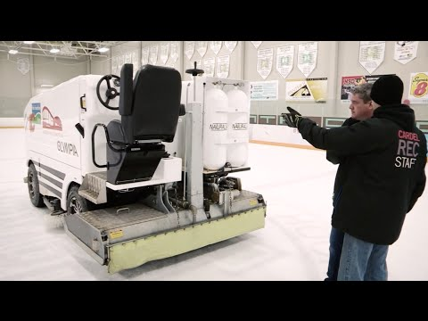 Matt O'Neill Gets Schooled On Ice Resurfacing (Zamboni Dude Edition)