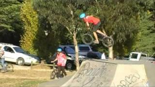 Yass Australia  city photos gallery : Yass Skatepark BMX Comp 2011_'Adoro Caderas'