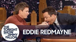 Download Video Eddie Redmayne Performs a Magic Trick for Jimmy Fallon MP3 3GP MP4