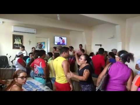 MANIFESTAÇÃO DE FUNCIONÁRIOS PÚBLICOS E PROFESSORES POR FALTA DE DINHEIRO EM (BACURI-MA)