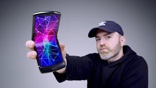 Motorola Razr 2019 Unboxing - Whoa.