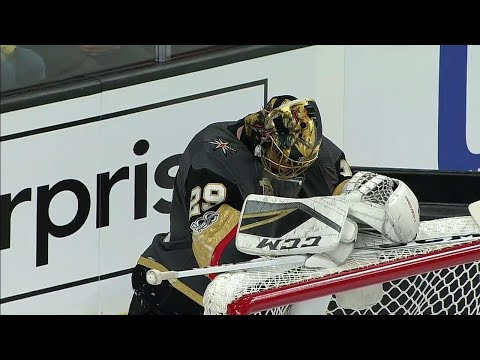 Video: Fleury shaken up after collision with Mantha