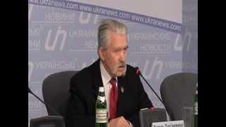 Українська інтелігенція погрожує Януковичу непокорою