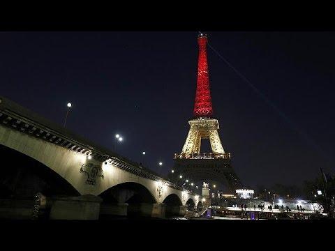 Το Παρίσι «στέκεται» στο πλευρό των Βρυξελλών