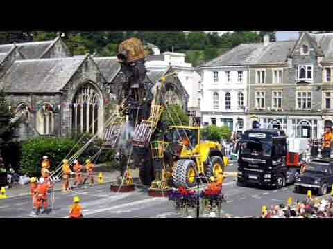 The Man Engine is revealed in Tavistock