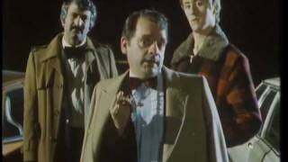 Del's black belt...in origami! - Only Fools and Horses - BBC