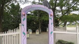 Waterbury (VT) United States  city photos : Ben & Jerry's Ice Cream Flavor Graveyard in Waterbury, Vermont USA