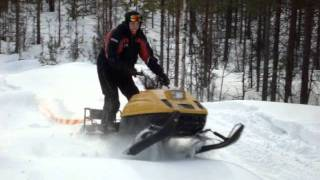 8. ski doo tundra 250 xlt -86