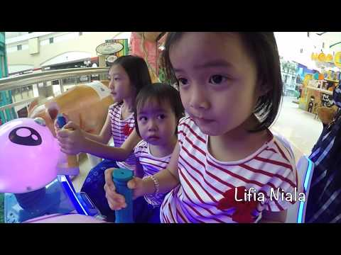 Serunya Vlog Nonton Bioskop rame rame Lifia Niala dan Adek Elsa