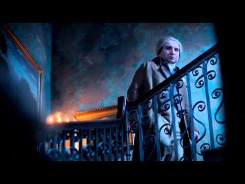 Watch : Neil Gaiman On Why He Loves Jonathan Strange & Mr Norrell