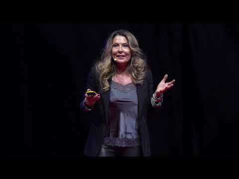 Too long way from innovations to everyday medical therapies | Dr. Eszter Tanczos Olver | TEDxDanubia