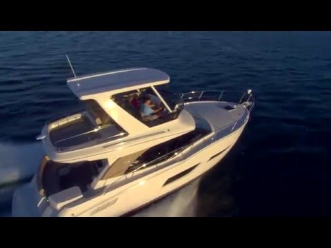 Carver Yachts C40 Command Bridge