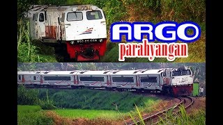 Kereta Api Argo Parahyangan dari Gambir dan dari Bandung melintas di Tiber Padalarang
