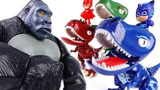 Video King Kong in The PJ Masks Headquarter~! Turn Into Dinosaurs To Defeat King Kong MP3, 3GP, MP4, WEBM, AVI, FLV Desember 2017