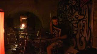 Video Lionel Dixit @ Kubik - Pivničná pleseň