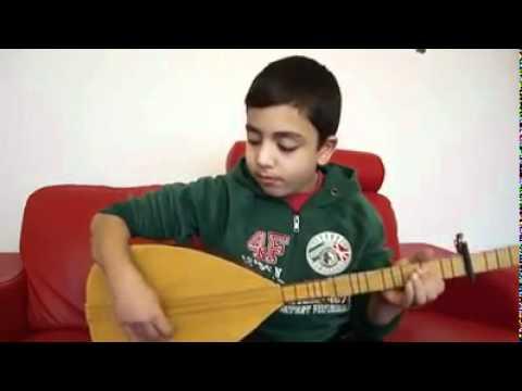 Selim Seymen -Bu yaşta böye bağlama çalmak imkansız ama..... (видео)