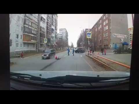 На пешеходном переходе сбили восьмилетнюю девочку