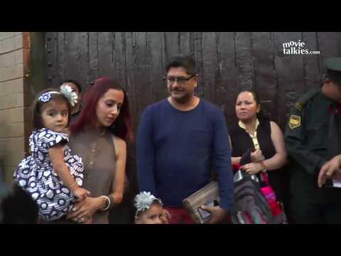 Video Celebs Going To Aishwarya Rai's Daughter Aaradhya Bachchan's Birthday Party 2016 In Jalsa download in MP3, 3GP, MP4, WEBM, AVI, FLV January 2017