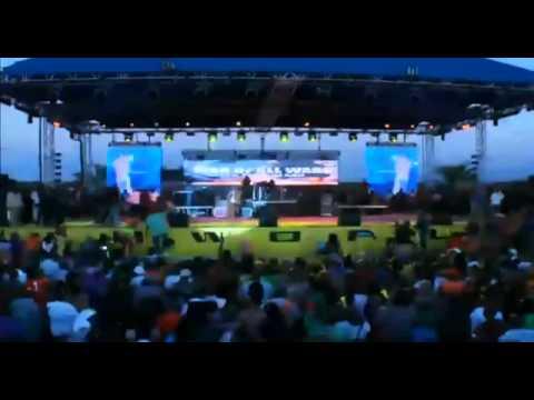 Video: Blak Ryno & Popcaan Fight At Sting 2012