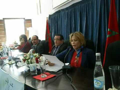 الإعلامية نزهة بنادي تفتتح ندوة المجلس الإقليمي حول النقل المدرسي