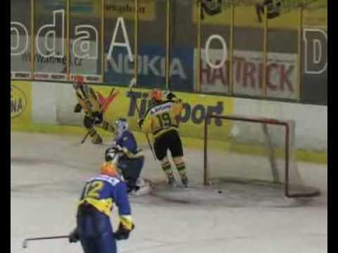 Play-off juniorů 2008: Vsetín - Zlín 4:3