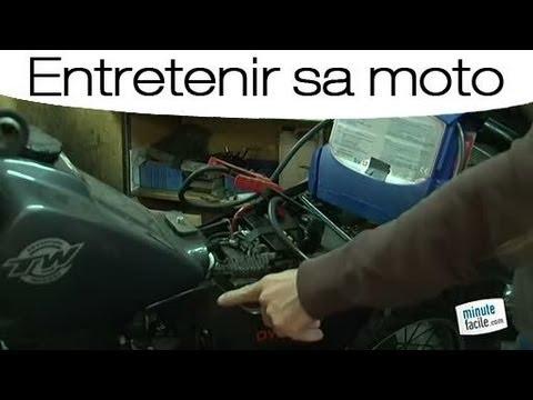 Entretien moto : Démarrer avec une batterie auxiliaire