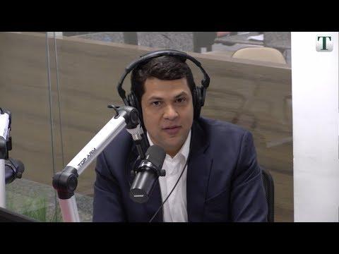 """Deputado João Vítor Xavier foi o entrevistado do """"Café com Política"""" (26/10)"""