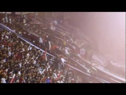 Video - Lanus vs Vasco Da Gama 2012 - La 14 alentando a full. - La Barra 14 - Lanús - Argentina