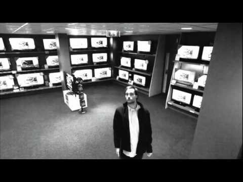 Thief Cleverly Steals a Thin LG Television