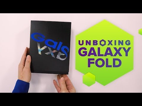 Galaxy Fold unboxing: Samsung goes big