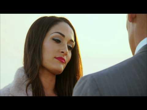Nikki Bella meets John Cena on the pier: Total Divas, March 23, 2014 (видео)