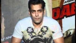 Salman Khan's Ready To Feature Zarine Khan As Item Girl - Latest Bollywood News