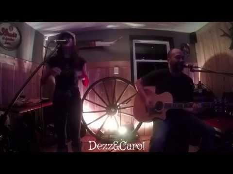 I'm Yours – Jason Mraz (Acoustic Cover – Dezz&Carol)