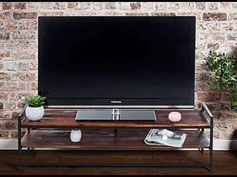 How to turn on a TV ?