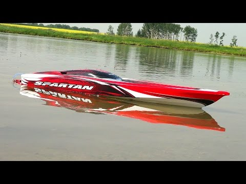 boat - Click Here To Subscribe! ▻ http://bit.ly/JOovvU - This is my maiden cruise with my Traxxas Spartan RC Boat. I am only running a Fraction of the battery capac...