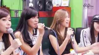 Video Cherrybelle - Pergi Ke Bulan MP3, 3GP, MP4, WEBM, AVI, FLV Januari 2019