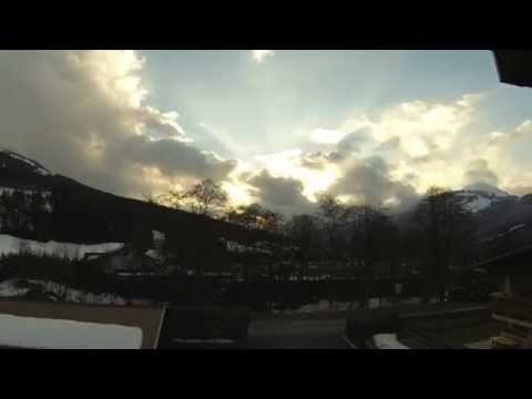 ApfelTechnik01 - Weather Time Lapse Mein Blog: http://picturesandvideos-markus.blogspot.com Music by Kevin Macleod (http://www.incompetech.com)