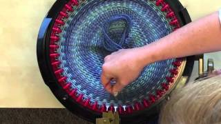 Nonton Making A Hat In Less Than 30 Minutes On The Addi Express Knitting Machine Film Subtitle Indonesia Streaming Movie Download