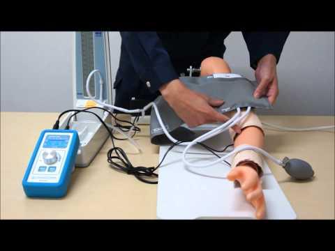 """装着型血圧測定シミュレーター ハカール""""けつあつ""""くん(M178 MA)"""