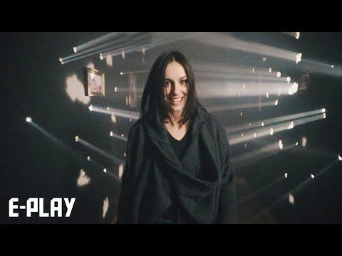 E-Play: Sloboda Mićalović u spotu 'Sloboda'