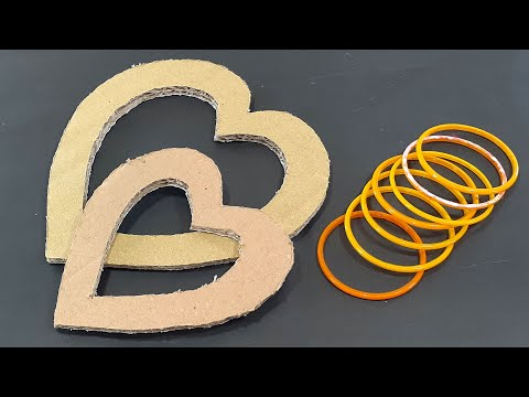 OLD CARDBOARD & WASTE OLD BANGLES REUSE FOR BEAUTIFUL HEART WALL HANGING