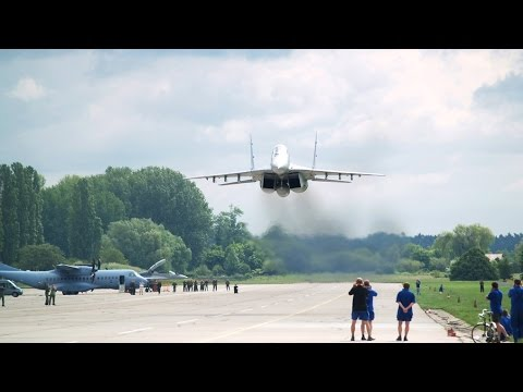 MiG29 Extreme Low Pass