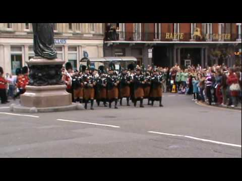 bagpipes - Hi All! Went out expecting the corps of drums today but instead got the bagpipes! Here we see them playing some lovely tunes! Enjoy the video! BEWARE: Next s...