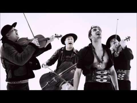 Tekst piosenki Zakopower - Kropla po polsku
