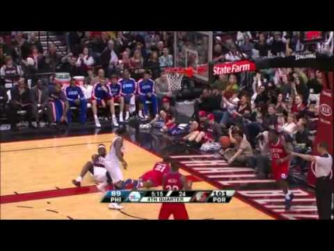 Gerald Wallace's hustle play to Wesley Matthews