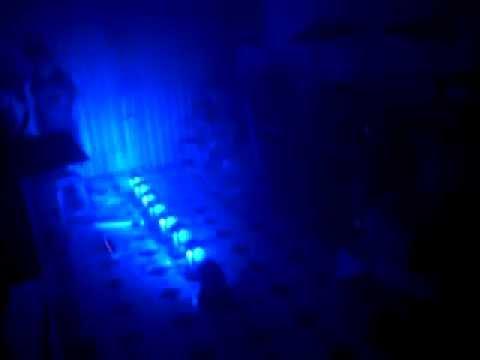 Đèn moving head mini  giá rẻ cho sân khấu mini, phòng karaoke
