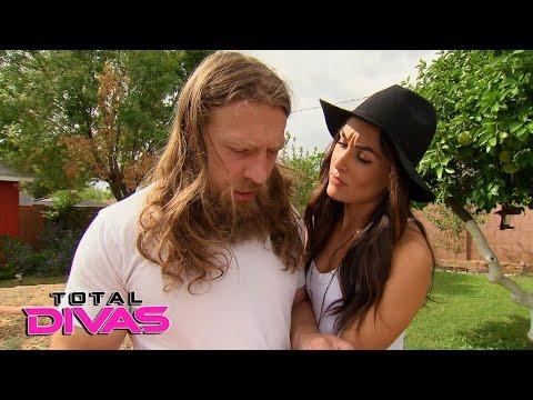 Brie Bella convinces Daniel Bryan to get a scooter: Total Divas Bonus Clip: March 8, 2016