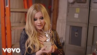 Avril Lavigne - #VEVOCertified, Pt. 1: Award Presentation