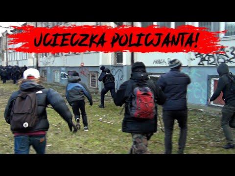 ZADYMA I POŚCIG ZA POLICJANTEM na Marszu o Wolność