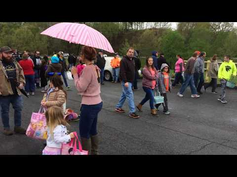 Video: Crowd gathers at Bloomingdale Ruritan Easter egg hunt